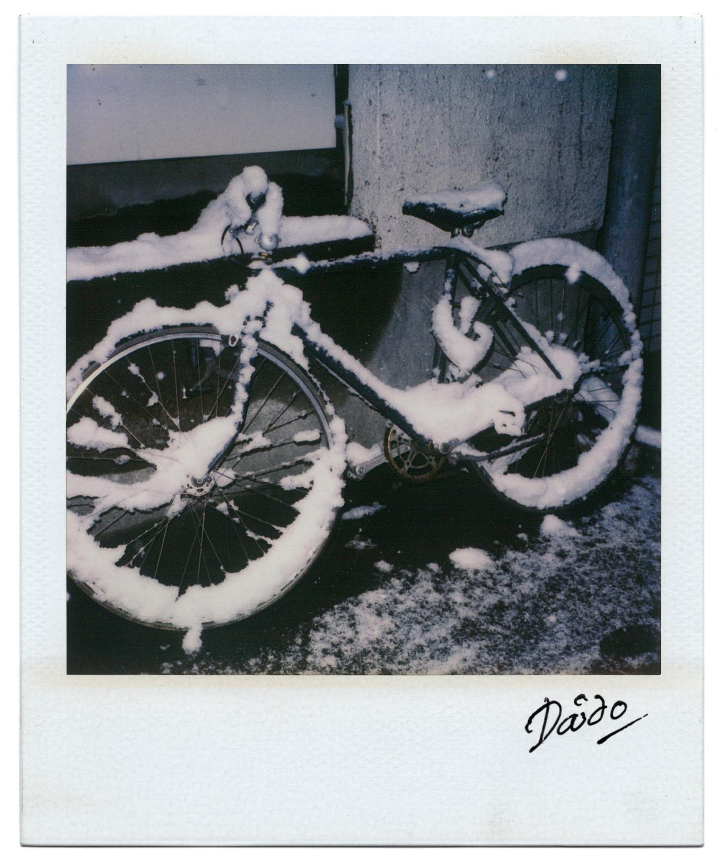 Moriyama Daido, Passage, 1998, Polaroid, 11 x 9 cm3